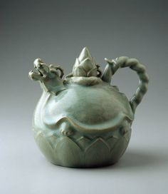 Dragon-Turtle Shaped Ewer, Korea (ca.12th century).