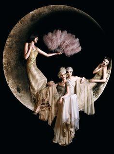 stunning shot by Hunter Leone of Gatsby bridesmaids