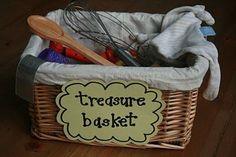Heuristic Play- Treasure Baskets ~ Cestos de tesoros.