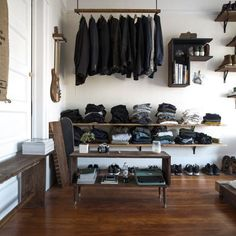 Well-Organized Masculine Bedroom Combined With A Closet | DigsDigs
