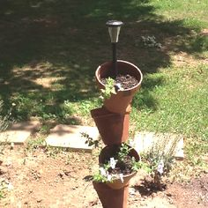 Stacking flower pot with solar light