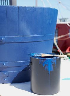 DIY: Cobalt Blue Planters (Houseboat Optional) Gardenista.com