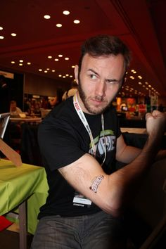 promoting comic book at Comic-Con with custom temporary tattoos! #custom #temporarytattoos
