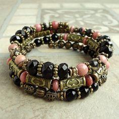 Black Onyx Rhodonite Bracelet Memory Wire Beaded by mamisgemstudio