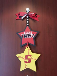 softball hotel door sign for player