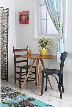 perfect small kitchen table