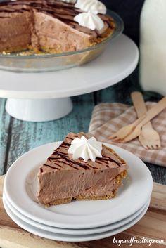 Nutella Marshmallow Pie