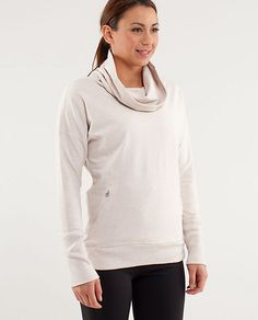 run: rest day pullover in dune. looks so comfy!