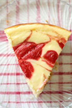 Strawberry Swirl Cheesecake from www.chocolatemoosey.com