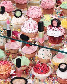 cupcakes and makeup