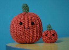 Halloween Crochet Pumpkin - free crochet pattern