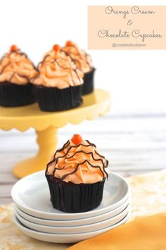Orange Cream & Chocolate Cupcakes @createdbydiane