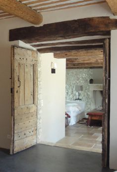 Provence country style door The warmth and incomparable attraction of old wooden objetcs. Interior doors . Portes Antiques - french manufacturer, restoring and creation