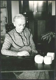 """Sister Jennie Wells (1878 - 1956) came to Shakers when she was four years old. Over the nearly seventy five years she spent with the Shakers she moved over half a dozen times. Sister Jennie lived through the rapid decline of Shaker villages across the country. Read her story and the story of those villages at www.shakerml.org/exhibitions """"Celebrating National Women's History Month: A Shaker Sketchbook"""" Shaker Museum 