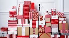 holiday, wrap gift, wrapping gifts, paper, white christmas, christmas gift wrapping, ikea, christmas gifts, christmas wrapping
