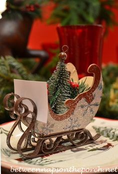 Sleigh place card holders....love this idea!