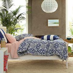 CHIC COASTAL LIVING: Island Style: SERENA & LILY SUMMER bedroom bedding