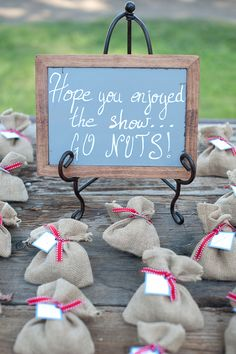 nut wedding favors #wedding #weddinginspiration #inspiration #love #weddingpic #gift #pretty #destinationwedding