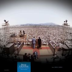 PROCLAIMING THE GOSPEL TO MILLIONS AT A TIME  |  1973, Seoul, Korea  |  1.1 million people filled Yoido Plaza in South Korea's capital to hear Billy Graham preach the Gospel.
