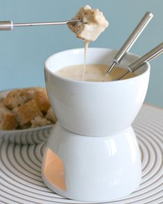 Cheese Fondue with Chipotle and Tequila Recipe #cheese #queso
