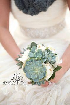The Hottest Wedding Trend: 60 Succulent Wedding Bouquets | Weddingomania