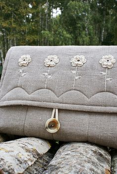 Laptop sleeve from linen...   Flickr - Photo Sharing! sew, laptops, linens, laptop sleeves