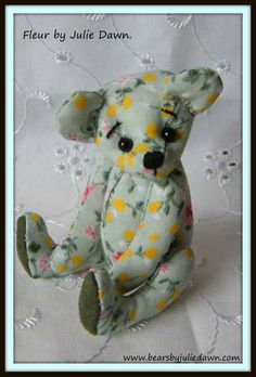 SHABBY CHIC FLEUR by Bears by Julie Dawn.