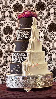 Shockley's Sweet Shoppe: Half traditional white wedding cake, half chocolate grooms cake, artistically done food network, cake wedding, black white, white weddings, sweet shopp, groom cake, chocolate cakes, white wedding cakes, shockley sweet