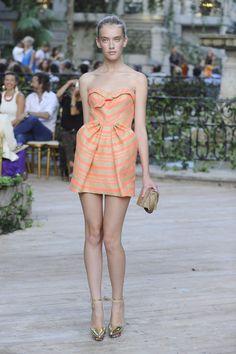 Vestido de DelPozo por Josep Font #boda #vestido