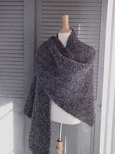 A simple shawl that