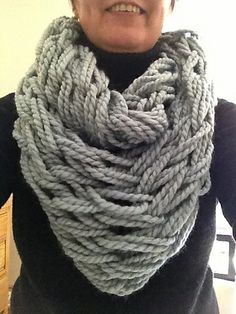 Learned how to do this and finished it in a hour.  Just in time to give to my mom as a belated b'day gift.  Ravelry: BeachBabyMom's Arm Knitted Infinity Cowl