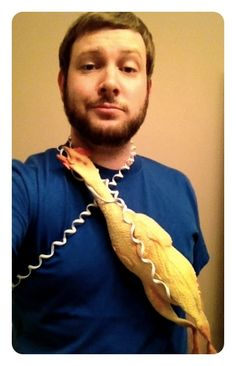Last-Minute Halloween Costumes ...Ill let you guess first.....ok Chicken Cord on Blue
