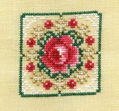 "Just Nan Freebie ""Christmas Rose Ornament"""