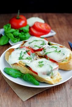 Chicken Caprese Sandwiches - open faced, perfect fresh and healthy 15 minute summer dinner.