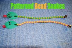 Bead snakes craft to practice fine motor skills and learn about patterns