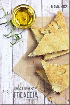 Cheesy Rosemary Focaccia | @mamamissblog #yeast #stuffedfocaccia #flatbread #bread