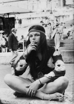 1960's	 The hippie movement late in the decade also had a strong influence on clothing styles, including bell-bottom jeans, tie-dye and batik fabrics, as well as paisley prints.