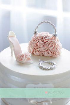 Shoe and handbag close up #cake #topper
