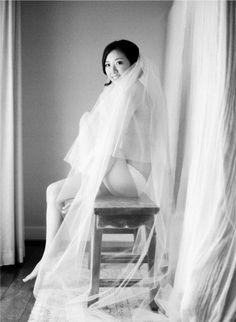 i love the idea of a veiled boudoir shot!