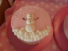 Snowman cake. How cute!