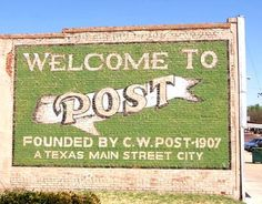 Post Texas welcome sign - painted wall mural