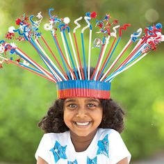4th of July crown made from straws and pipecleaners