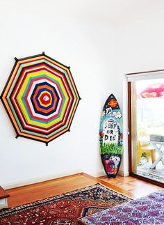 HANG TEN: 21 HOMES THAT PROVE SURF IS CHIC Surfboards aren't just for salty-bearded fellas — we're seeing them in the most stylish homes. - thedesignfiles4