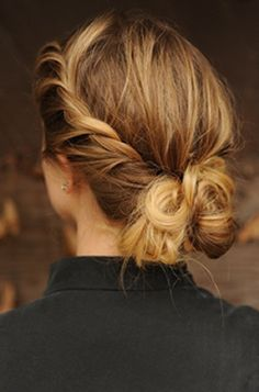 The perfect updo to match your favorite fall fashions!