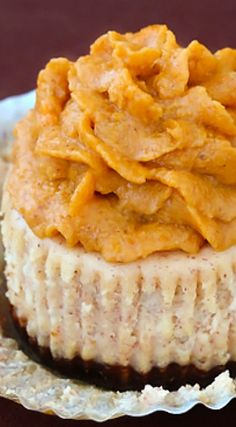 Cinnamon Mini-Cheesecakes with Pumpkin Pie Frosting