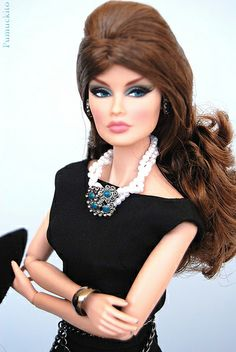 Veronique Style Counsel by Pumuckito, via Flickr