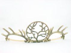 Baratheon Tiara http://www.etsy.com/listing/108600210/house-baratheon-antique-golden-antler