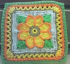 10in Country Sunflower Square - via @Craftsy