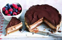 Chocolate & caramel ice cream cake
