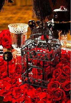red rose tablescape